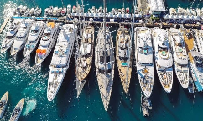 yachtcharterfleet.com