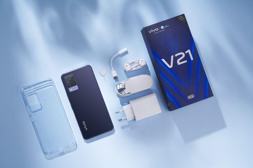 vivo V21 5G (dok. vivo)