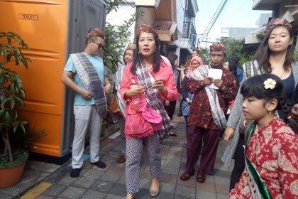 Saat Bule dari 7 Negara Kagum dengan Kampung Lawas di Surabaya Ini